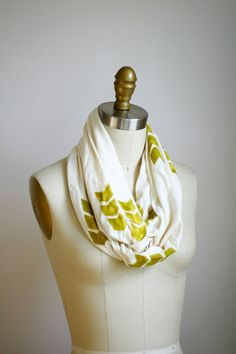 WANT this!  Chevron Cowl Scarf  Organic Bamboo Cotton  Off by shoprarebird, $44.00