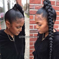 31 Bubble Ponytail Hairstyles With Weave To Wear This Year - hairideas_pinterey Hair Ponytail Styles, Slicked Back Ponytail, Side Ponytail Hairstyles, Slick Ponytail, My Hairstyle, Braid Styles, Ponytail Ideas, Black Hairstyles, Updo