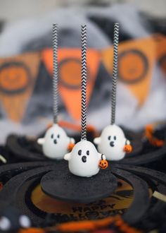 Halloween Cake Pops :: Sweet Recipes