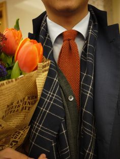 this is how men should come home from work - dressed with flowers in hand. :-)