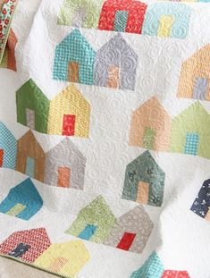 """""""Suburbs""""...house quilt, so cute in these fresh colors!"""