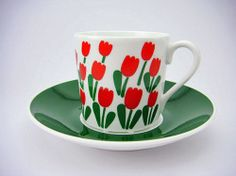 Juliana vintage coffee cup, designed by Stig Lindberg in 1973- so gorgeous! #vintage #StigLindberg