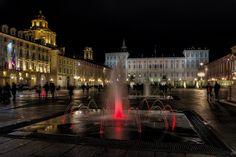 Torino di notte : giochi d'acqua ( water games ) by Roberto Defilippi Torino, Louvre, Building, Water, Travel, Gripe Water, Viajes, Buildings, Trips
