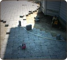 DIY paver patio...great tips on creating curves