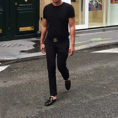 Celebrity Style: How to Wear Luxury Mule Slippers - Mens Gucci - Ideas of Mens Gucci - Celebrity Style: How to Wear Luxury Mule Slippers Gucci Slippers Mens, Gucci Loafers Mens, Mens Gucci Belt, Black Loafers Outfit, Black Pants Outfit, Mocassins Gucci, Backless Loafers, Gucci Outfits, Stylish Men