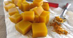 Le caramelle alla curcuma sono un modo davvero sfizioso ed insolito per beneficiare delle proprietà di questa fantastica spezia.
