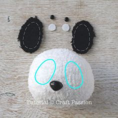 Sew a set of twin sock panda PaiPai & PeiPei with pair of white & black chenille microfiber socks. Free pattern with steps photo and printable template. – Page 2 of 2 Teddy Bear Patterns Free, Sewing Patterns Free, Free Sewing, Free Pattern, Diy Sock Toys, Sock Crafts, Sewing Stuffed Animals, Stuffed Toys Patterns, Couture Bb