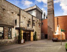 Una foto más de la refineria Jameson desde otro angulo en #irlanda Si vas a #Irlanda tienes que pasar por la Destileria Jameson #Foto 1 #Viajes #Mochileros  // If you go to #ireland u should stop by Jameson Distillery