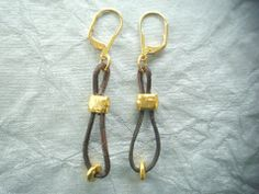Tribal Chic Leather Dangle Earrings in Brass, Gold, or Gunmetal – sonseraedesigns