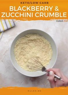 Zucchini in a dessert dish sounds very weird, I agree, but this keto crumble would actually be missing something without it. The zucchini mixed in with the top crumble part of this dish next to the blackberries, cinnamon, and almond flour make it actually taste like an apple or a pear, definitely not a zucchini. #zucchinidesserts #ketodesserts #ketosweets #ketocrumble Zucchini Desserts, Keto Desserts, Keto Snacks, Sugar Free Ice Cream, Ketogenic Breakfast, Carbs Protein, Dessert Dishes, Crumble Topping, Quick Snacks