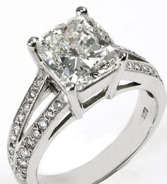 How Are Vintage Gemstone Diamond Engagement Rings Totally Different From Modern Rings? If you are deciding from the vintage or modern gemstone diamond engagement ring, there's a great consid… Expensive Wedding Rings, Big Wedding Rings, Antique Wedding Rings, Beautiful Wedding Rings, Wedding Rings For Women, Diamond Wedding Rings, Diamond Engagement Rings, Diamond Rings, Trendy Wedding