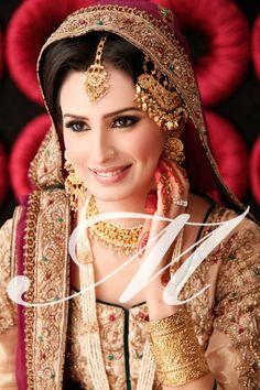 Madeeha's-Salon-Bridal-Makeup-2013-8.jpg (640×960)