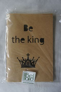 Cuaderno en craft. Be the king. Hecho a mano. Handmade. DIY.