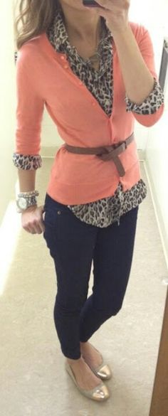 Leopard, Peach, & Blue Jeans Work Fashion, Fashion Beauty, Womens Fashion, Jeans Fashion, Fashion Clothes, Fall Outfits, Cute Outfits, Work Outfits, Coral Cardigan