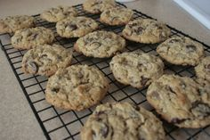 whole wheat chocolate chip peanut butter oat cookies
