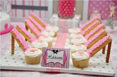 What a fabulous idea for a party! Check out these 'high heel cupcakes'!