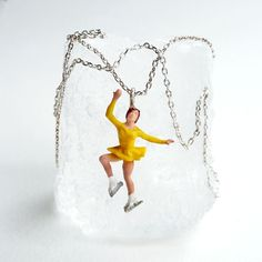Polly Necklace - Lifestyle