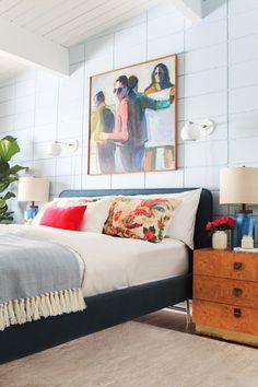 10 recursos (rápidos y baratos) para actualizar tu dormitorio. 6 Tapiza tu cabecero o ¡ cámbialo !