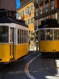 Lisbon Lisbon Tram, Rail Car, Old Trains, Voyage Europe, Portugal Travel, Capital City, Small Towns, Old Town, Places To Travel