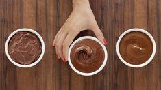 3 tipy na čokoládovú polevu, vďaka ktorým sa vám už nikdy pri krájaní nepoláme