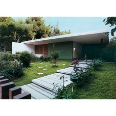 plant house tree outdoor and natureYou can find Small patio and more on our website.plant house tree outdoor and nature Small Patio, Small Dogs, In The Heights, Pergola, Shed, Villa, Outdoor Structures, Windows, Canning