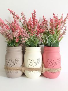 Mothers Day Gift. Mason Jars Centerpiece. di BUtifulDesigns