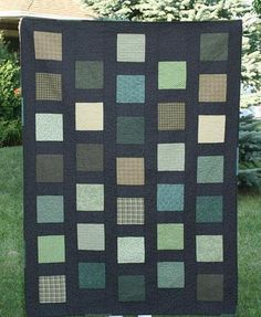 Here's a pattern that proves how much fabric choice can change a quilt. Click through to the pattern page to see even more color and fabric combinations. #MidnightQuiltShow