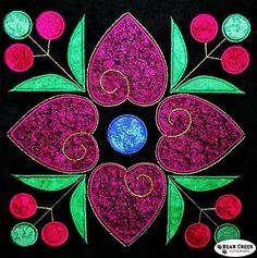 Resultado de imagen de affairs of the heart quilt pattern Heart Quilt Pattern, Quilt Block Patterns, Applique Patterns, Applique Quilts, Quilt Blocks, Quilting Projects, Quilting Designs, Machine Quilting, Machine Embroidery