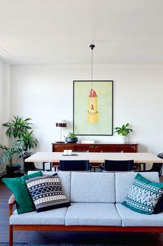 Home Renovation: Quick Living Room changes via noglitternoglory.com