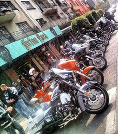 #customrock #Harley #rubyhelmet