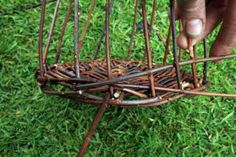Weaving a wicker basket; the most comprehensive basket tutorial on the internet…