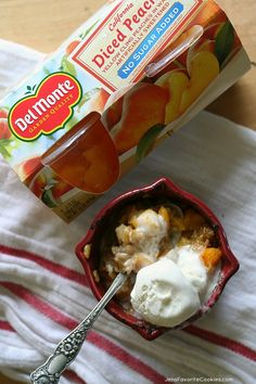 Peach Cobbler for One Single Serving Peach Cobbler from JensFavoriteCooki. - This easy peach crisp for one is a perfect recipe for college students or other singles! Single Serve Desserts, Single Serving Recipes, Just Desserts, Dessert Recipes, Single Serve Meals, Paleo Dessert, Breakfast Recipes, Cooking App, Cooking For One