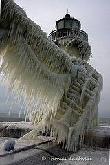 """NeatO....FrOzen Water! Got A Blizzard Coming This Way Soon..So """"They"""" Say..."""