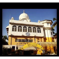 First Sikh temple I've ever see in Singapore.