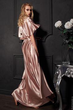 Stunning flowing gown in Satin Satin Underwear, Satin Lingerie, Pretty Lingerie, Silk Satin Dress, Silky Dress, Satin Dresses, Babydoll, Satin Sleepwear, Buy Dress