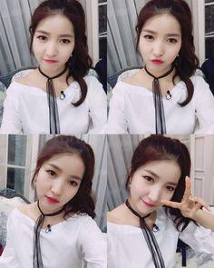 GFriend - SoWon 소원 Kpop Girl Groups, Korean Girl Groups, Kpop Girls, Sinb Gfriend, Gfriend Sowon, Extended Play, Girl Day, My Girl, Seoul