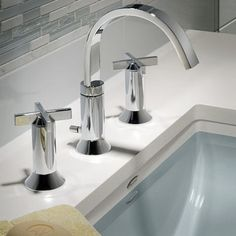 A7353801002 Townsend 8\'\' Widespread Bathroom Faucet - Polished ...