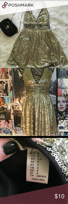 F21 Gold Sequin Halter dress Size Small F21 Gold Sequin Halter dress Size Small. Forever 21 Dresses Mini
