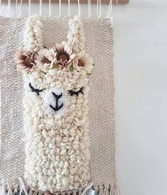 L size *llama sleepy eyes wallhanging woven wall decor nursery kidsroom Embroidery Designs, Embroidery Stitches, Hand Embroidery, Couture Main, Weaving Wall Hanging, Punch Needle Patterns, Weaving Projects, Loom Weaving, Rug Hooking