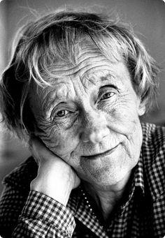 """""""Es gibt kein Verbot für alte Weiber, auf Bäume zu klettern."""" Astrid Lindgren (1907-2002), schwedische Schriftstellerin"""