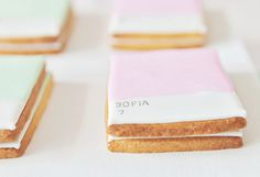 Pretty Pantone Guest Dessert Feature | Amy Atlas Events