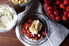 strawberries and cream with graham crumbles (via Bloglovin.com )