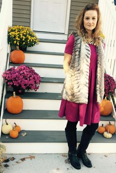 Fur vest please! Gorgeous color on this Amelia dress. Lula Roe Outfits, Fall Outfits, Cute Outfits, Lularoe Amelia Dress, Lularoe Dresses, Curvy Fashion, Plus Size Fashion, Autumn Winter Fashion, Winter Style
