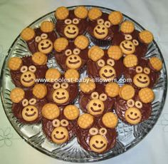 Monkey cupcakes for jungle theme baby shower