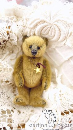 Domino, Mini Miniature Artist Teddy Bear by Aerlinn Bears