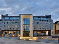 Locksmith Software Technologies ofis binası Ankara'nın Kuzey bölgesinde yer alan Oran semtinde, eğimli bir arazi üzerinde konumlanmakta.