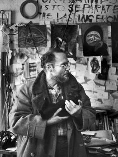 William Eugene Smith photographié en 1960 dans son studio par Henri Cartier-Bresson