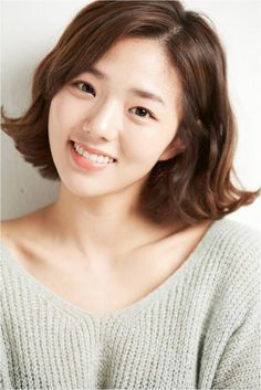 Chae Soo-Bin- My first time watching her in the drama House of Bluebird. She's cute and plays her role well.