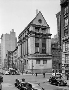 160 Lexington Ave. This building is still there. The Hotel Rutledge across the street is now a Ramada