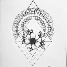 Margaret Snigur (@maggiesngr) в Instagram: «Always try something new . #mandala #doodling #doodle #zenart #art #drawing #dotwork #tattoo»
